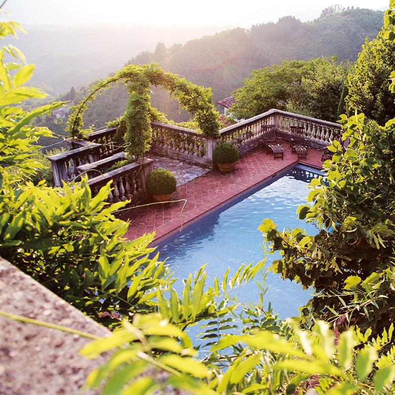 Colletto villas pool area