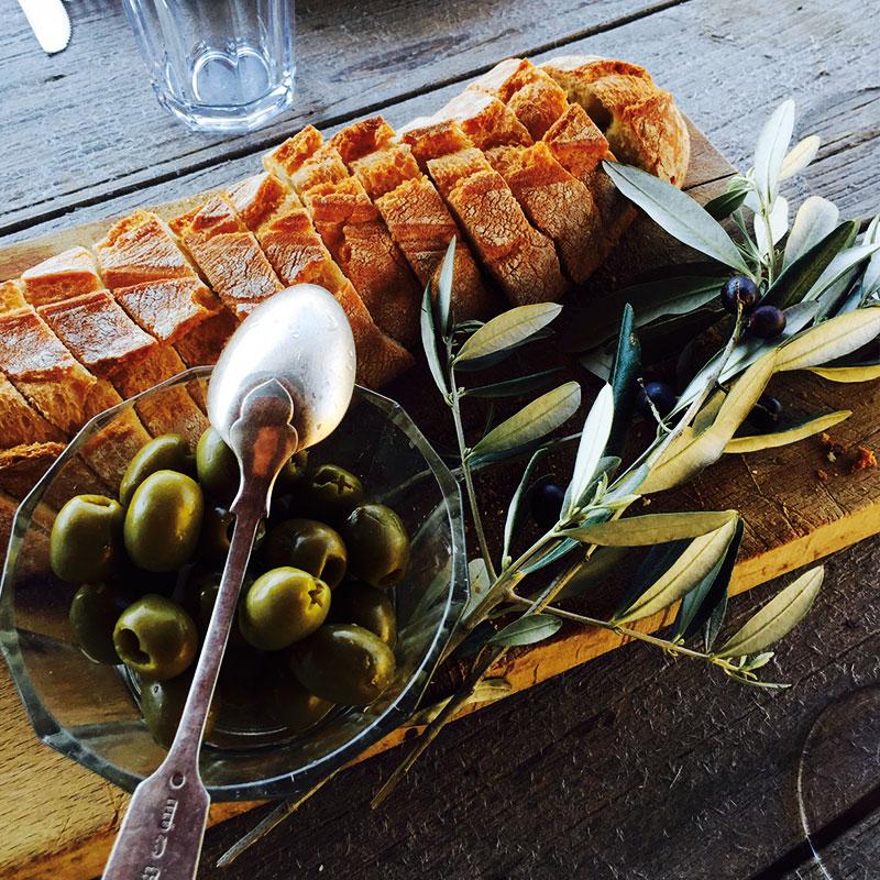 Colletto villas olives and bread